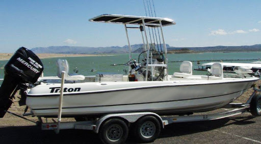 Triton Center Console at Elephant Butte Lake Fishing Trips